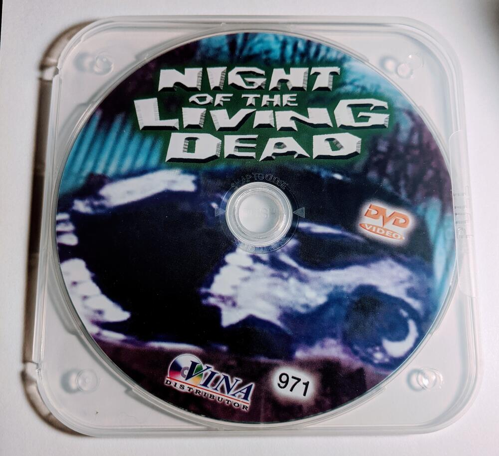 Night Of The Living Dead B/W Vina Distributor  DVD *Disc Only*